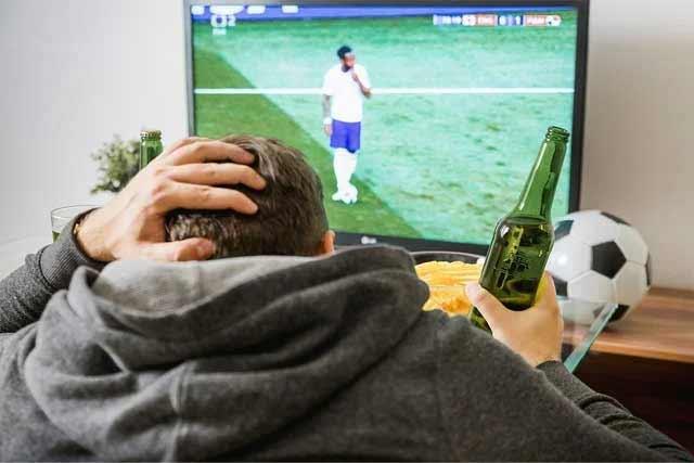 реклама пива вновь появится возле спорта