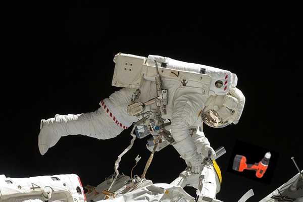 Дыра в космос на МКС. При чём тут санкции?