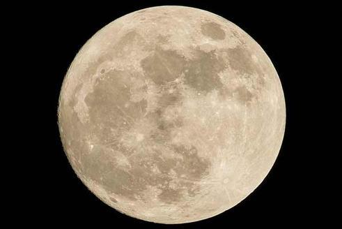 Россия будет искать на Луне американцев