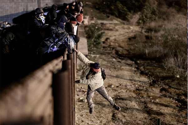 прорыв мигрантов сша