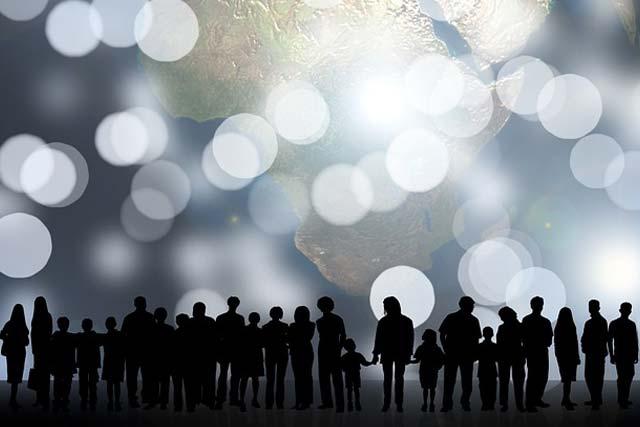 Общественный долг - долг общества или перед ним?